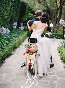 wedding_scooter2